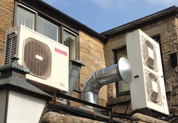 Use An Air Source Heat Pump To Convert Air Into Hot Water