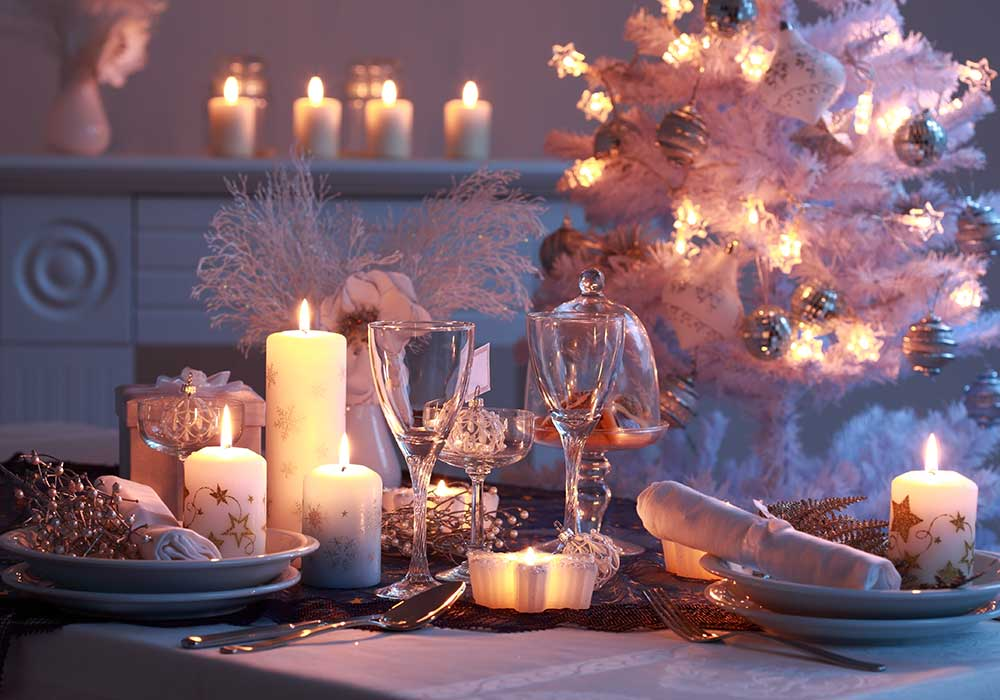Christmas scented candles give a festive touch – but they can also add to the pollution inside a home.