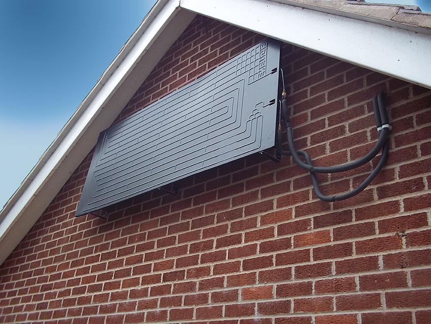 Solar assisted heat pump installed at a home in Staffordshire